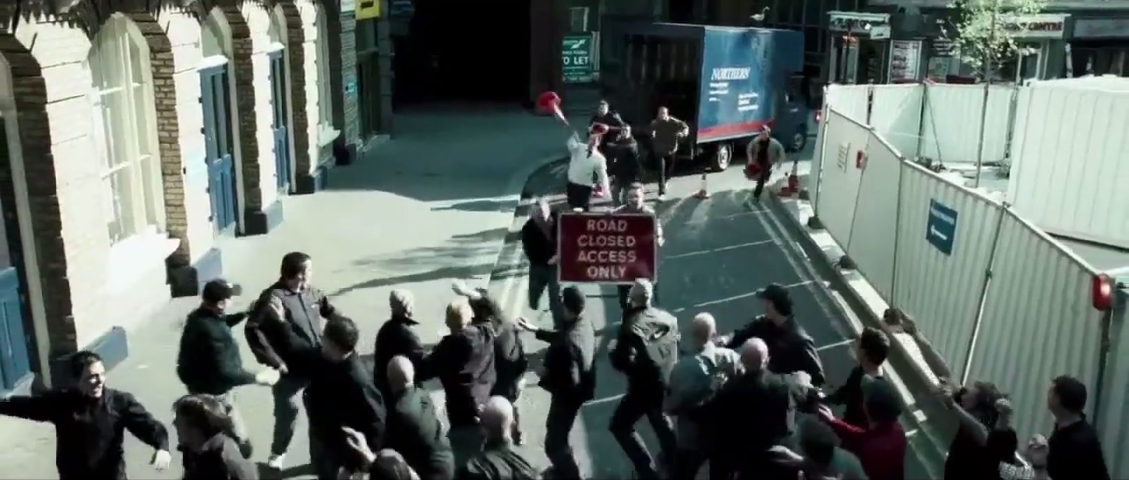 Green Street Hooligans - Manchester United vs. West Ham United